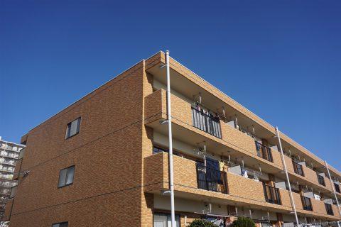 一棟マンションや一棟アパートの売却査定は何社位が理想?